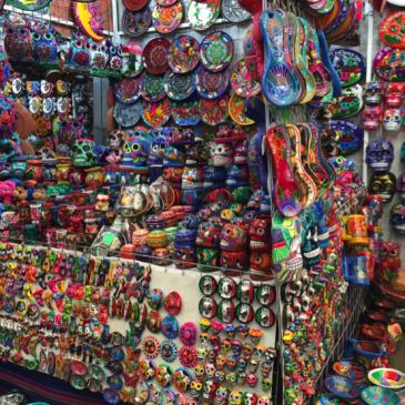 Colorido: La artesanía mexicana hecha color
