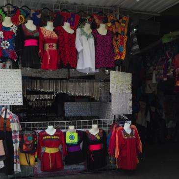 Colorido: El arte textil y la belleza de sus coloridos